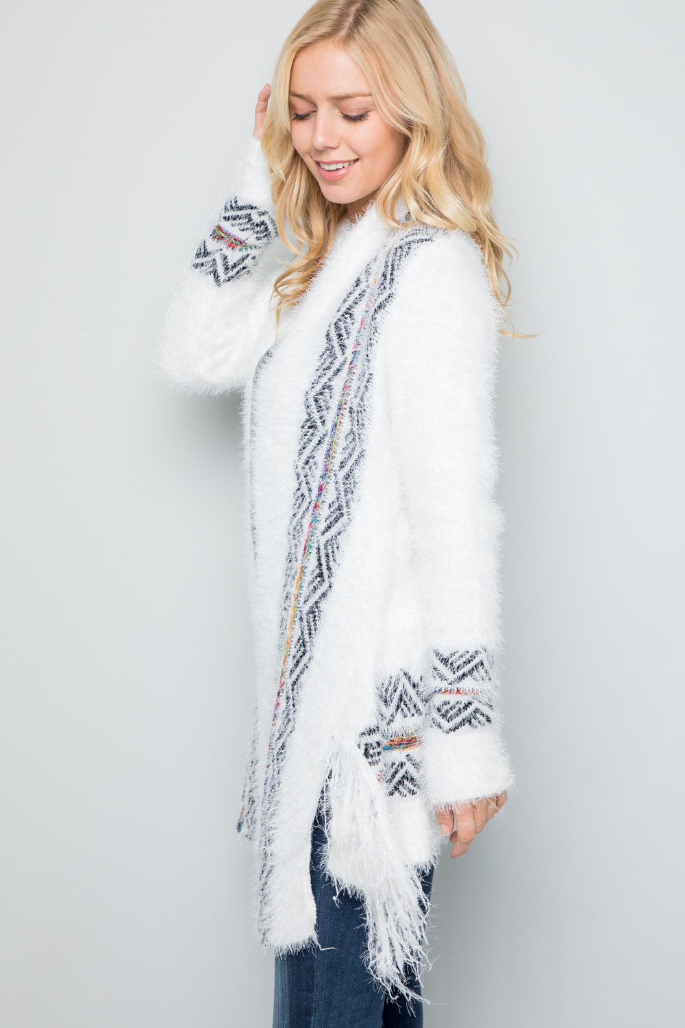 CARDIGAN FUZZY WITH AZTEC DESIGN