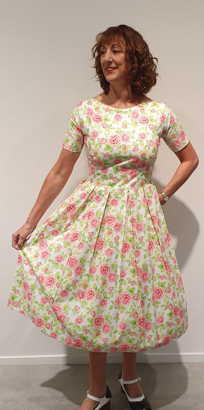 Grace by Vintage Addiction is our signature dress, we carry in different fabrics for each season of the year. Made from 100% cotton and heavier cotton sateens , also velvets for winter. This is a lovely style, feminine and colorful. It will certainly enhance the hourglass figure, while hiding a few less desirable parts…