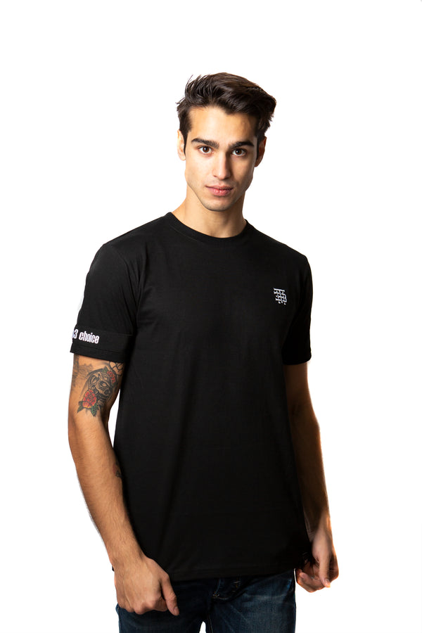 Camiseta Negra Embroidered Logo