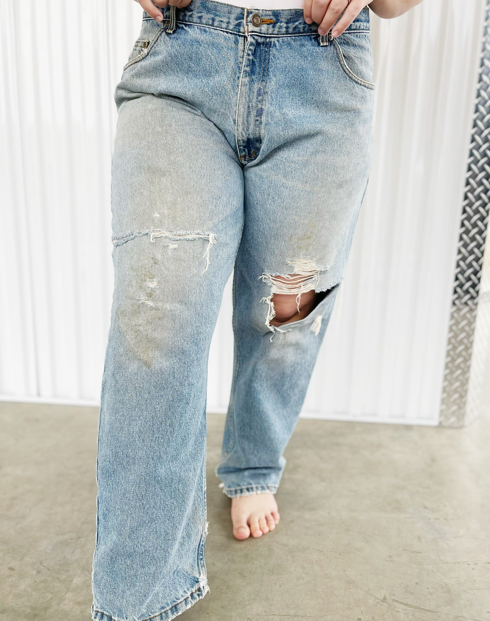 High Quality Guaranteed Ripped Jeans (40)