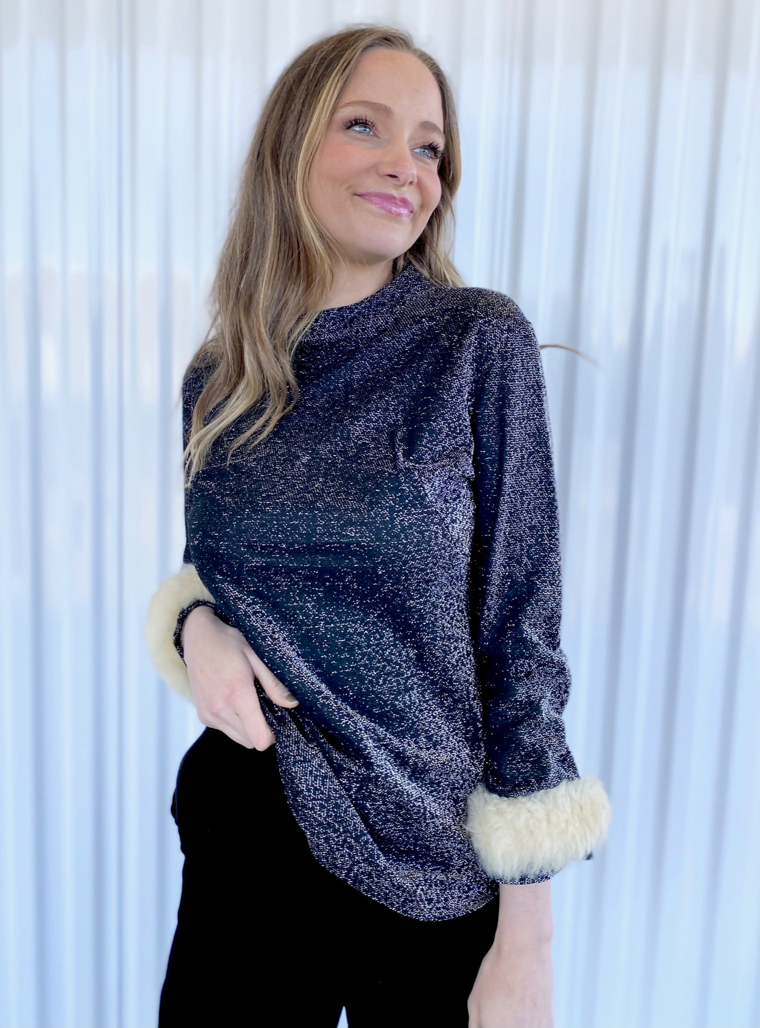 Metallic Tunic with Fur Trimmed Sleeves (13)