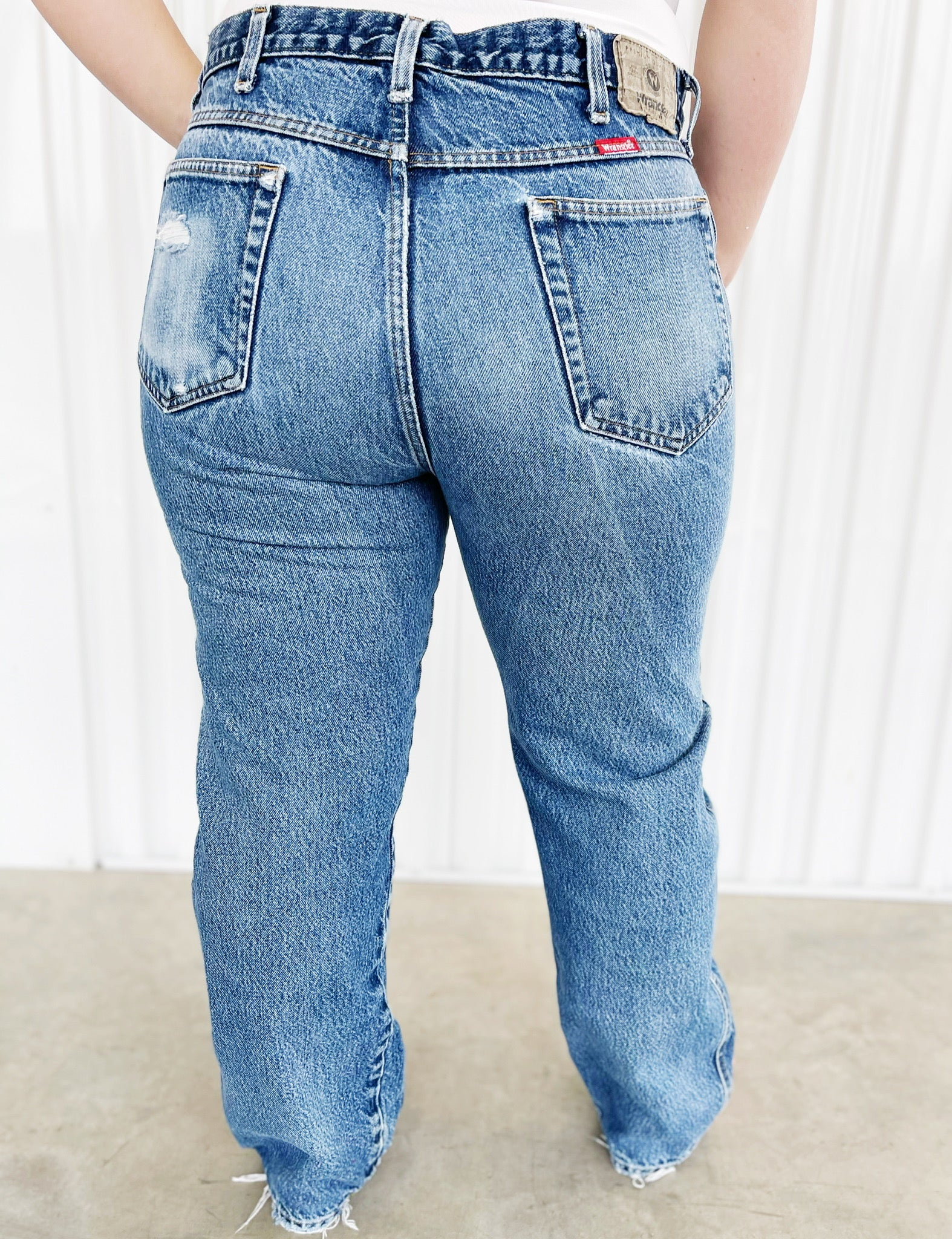 Wrangler Distressed Jeans (39)
