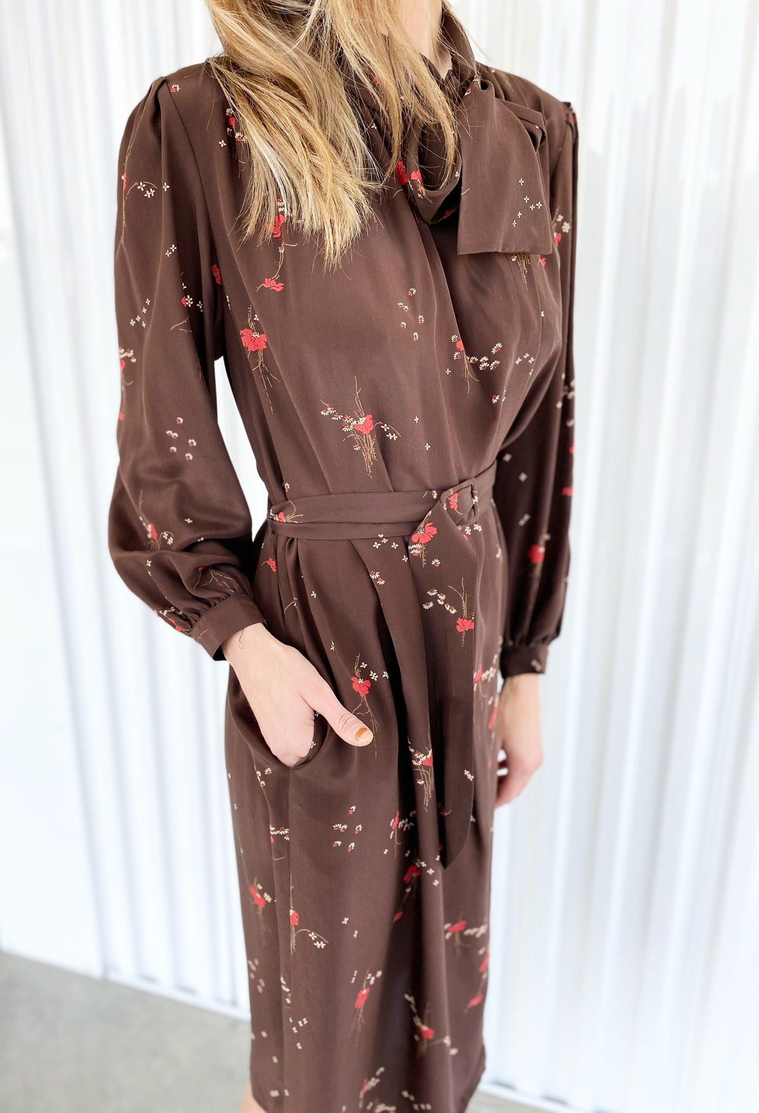 Silk Dress with Bow (16)