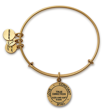 Load image into Gallery viewer, True Direction Charm Bangle