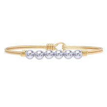 Load image into Gallery viewer, Luca+ Danni Crystal Pearl Bangle Bracelet in Lavender - Petite/Brass Tone