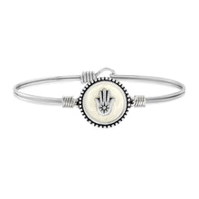 Load image into Gallery viewer, Hamsa Bangle Bracelet