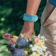 Load image into Gallery viewer, Mosquito Repellent Wristband - Turquoise