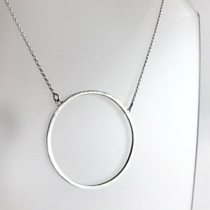 ANCAIRE - Silver Circle Pendant Necklace - Made in Ireland