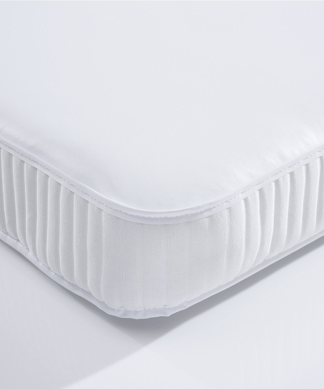 mothercare anti-allergy spring cot bed mattress (70x140cm)