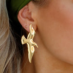Load image into Gallery viewer, GOLDEN WING EARRINGS