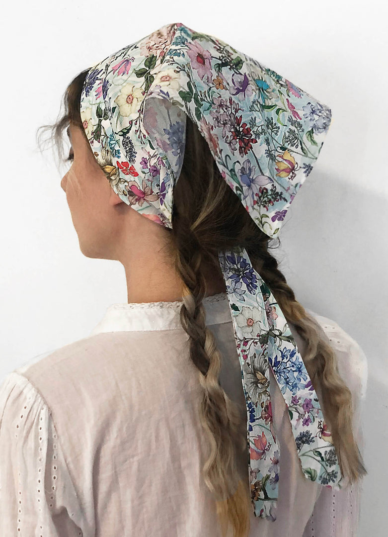 THE VALLEY HEADSCARF