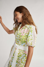Load image into Gallery viewer, BINNY - MILL FARM SHIRT DRESS - FLORAL