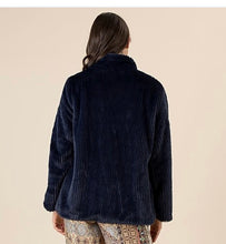 Load image into Gallery viewer, FABULOUS FAUX JACKET