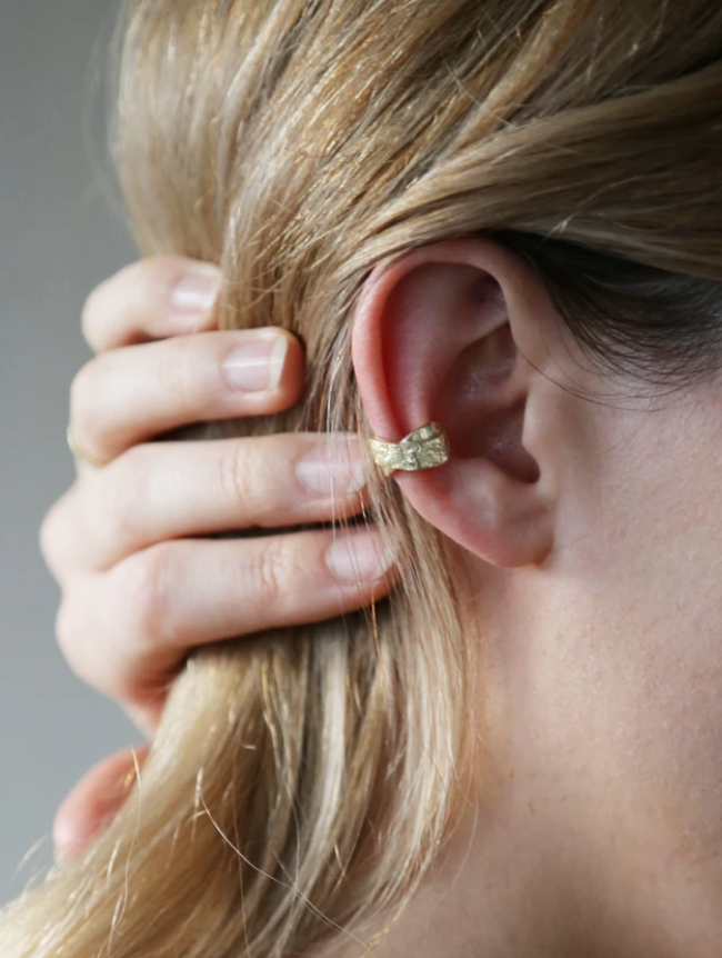 Flair Ear Cuff Gold