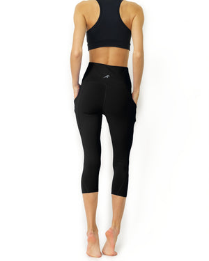 High Waisted Yoga Capri Leggings -