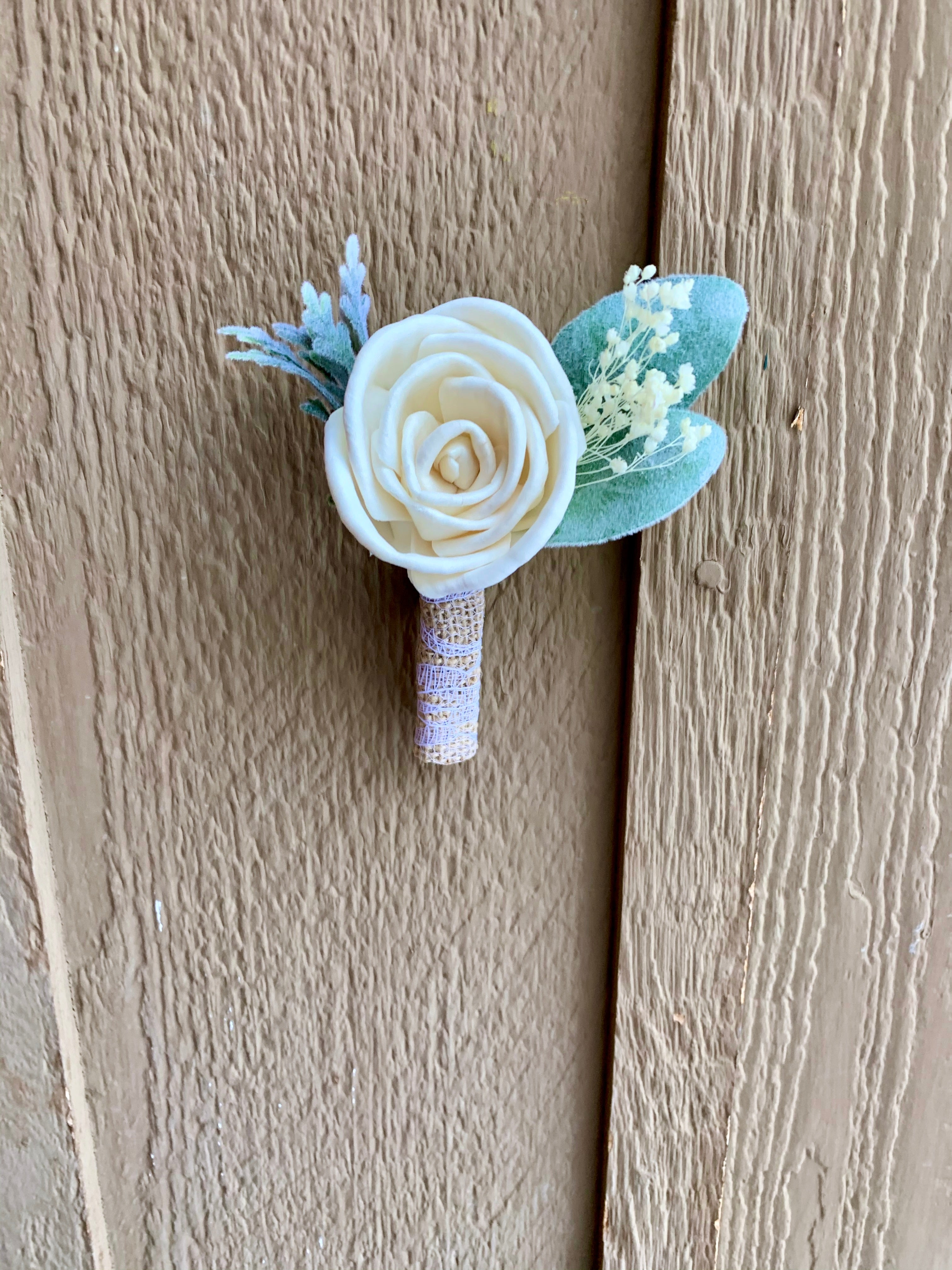 Simple Rose Boutonniere