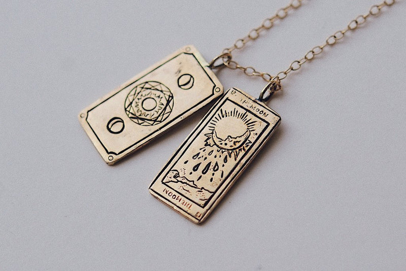 Sofia Zakia Plain Moon Tarot Card / (pendant only)