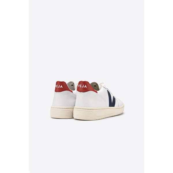 Veja Fair Trade V-10 leather Extra White Nautico Pekin