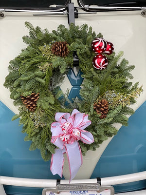 The Denton Apartment Complex Wreath Kit-Red and White Kit