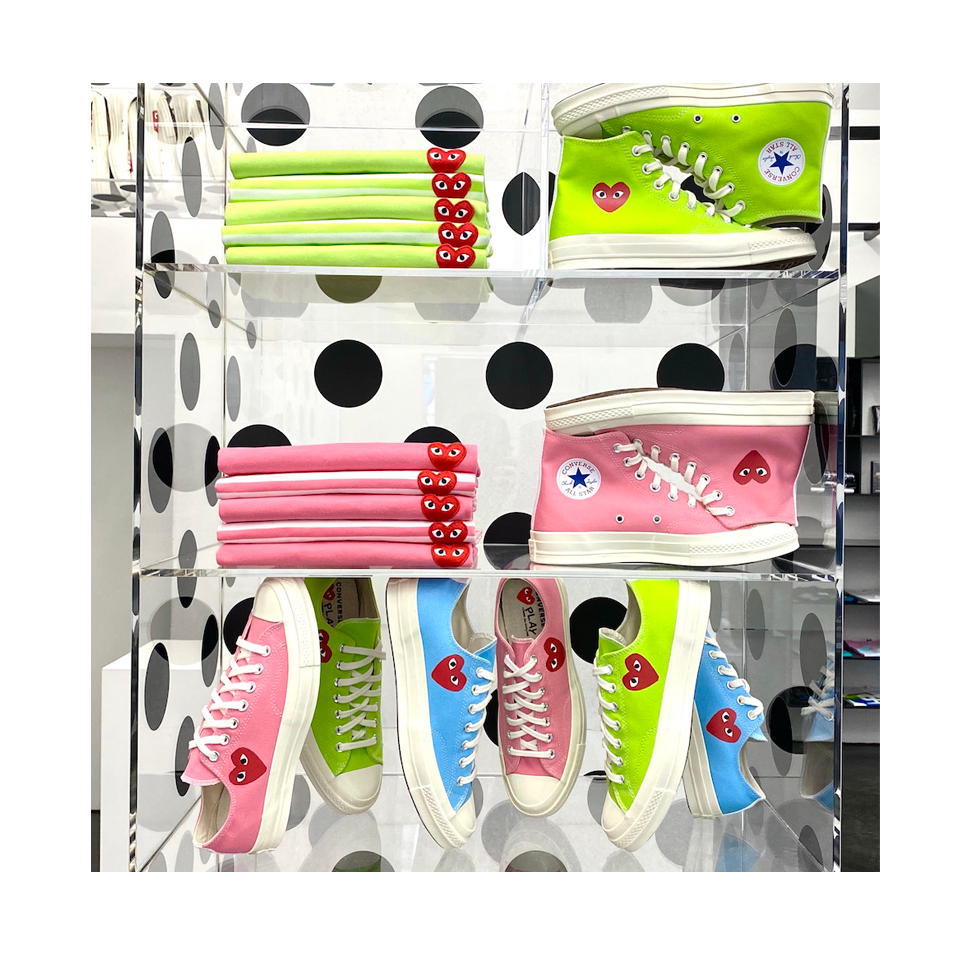 Play Comme des Garçons Converse ChuckTaylor'70 Bright / Low Top / Pink Green and blue NEON Chucks CDG Converse Koop Neon Farben