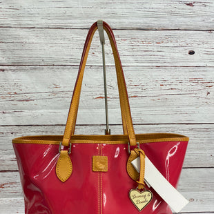 Primary Photo - BRAND: DOONEY AND BOURKE STYLE: HANDBAG DESIGNER COLOR: PINK SIZE: MEDIUM SKU: 204-20438-113072
