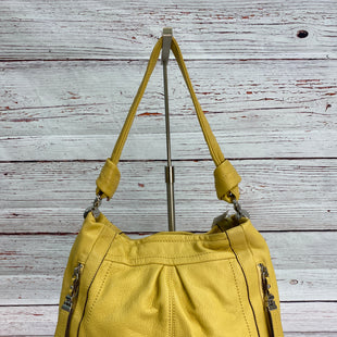 Primary Photo - BRAND: B MAKOWSKY STYLE: HANDBAG DESIGNER COLOR: YELLOW SIZE: MEDIUM SKU: 204-20438-112929