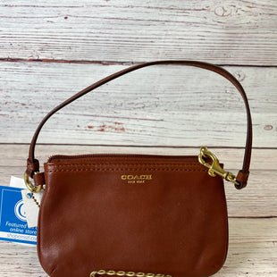 Primary Photo - BRAND: COACH STYLE: WRISTLET COLOR: BROWN SKU: 204-20494-3655