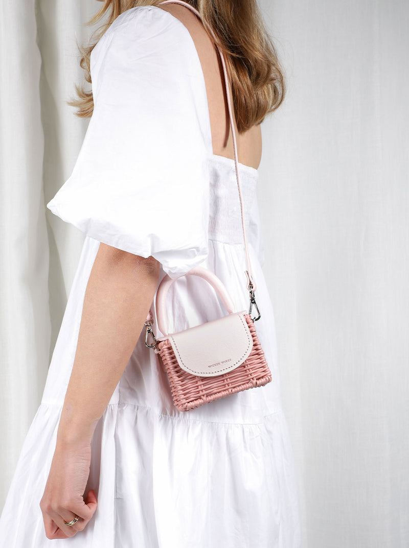 Micro-Babing---Pink---Outfit-with-Strap-1--Wicker-Wings-Wicker-Bag-Bucket-Bag-Bags-for-Women-Designer-Handbags-Beach-Bag-Summer-Bag-Straw-Bag-Black-Bag-Crossbody-Bag-Mini-Bag-Leather