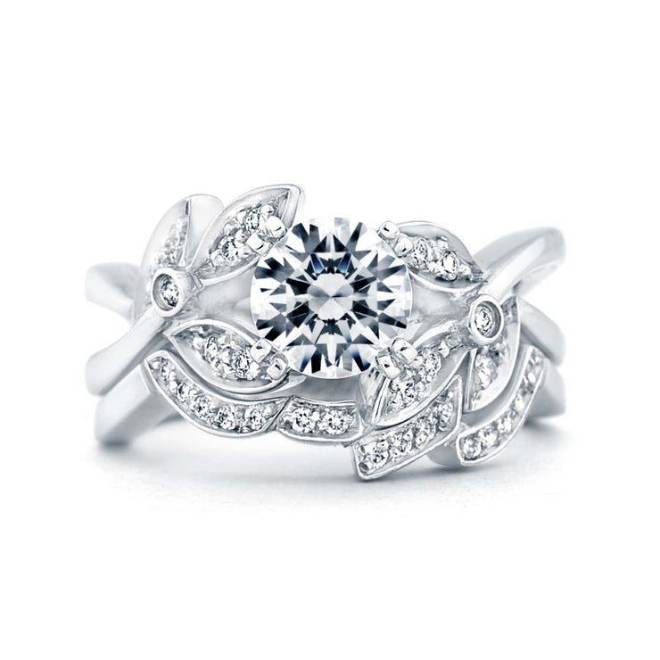 White Gold | Mystic engagement ring