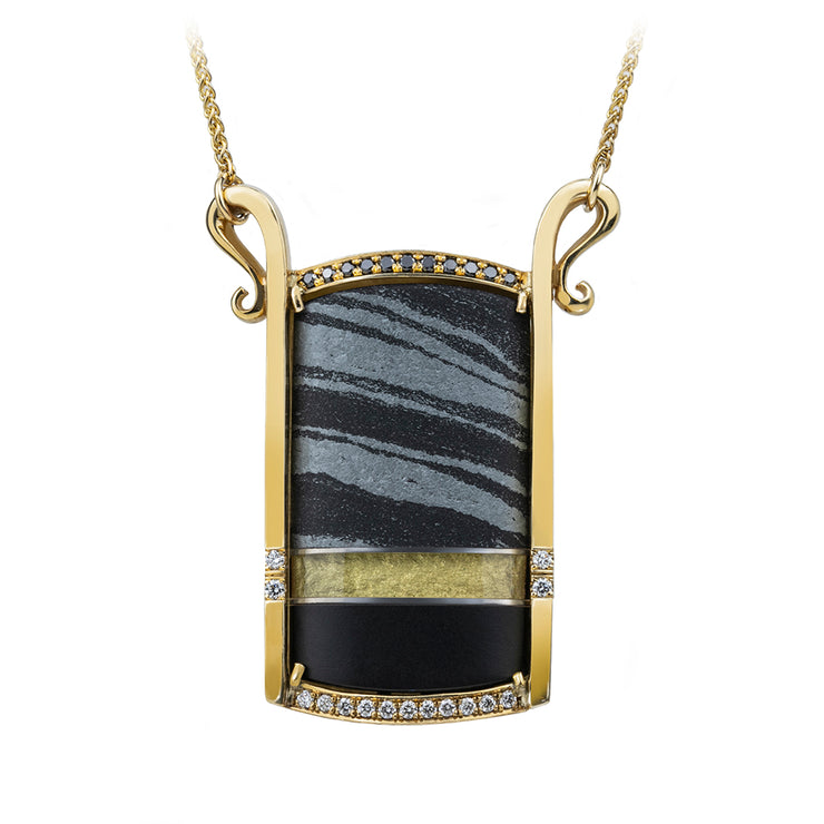 onyx-and-quartz-pendant