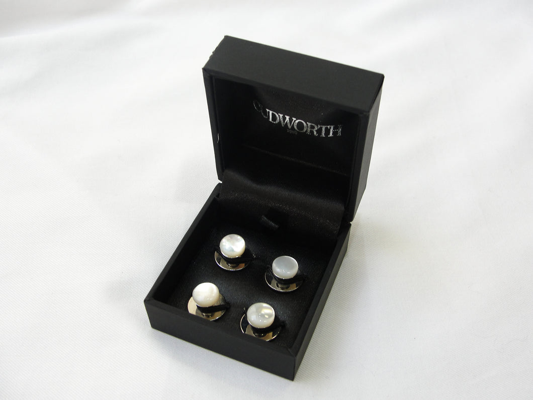 Mother of pearl shirt studs