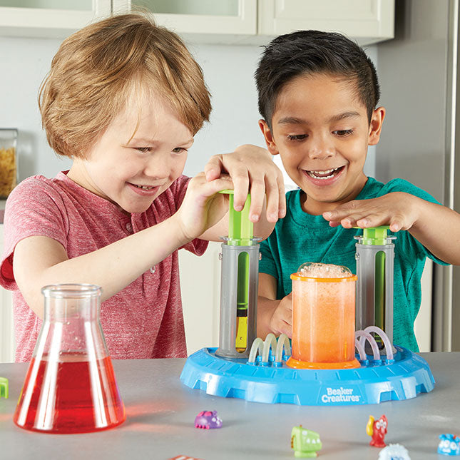 Learning Resources Beaker Creatures Liquid Reactor Super Lab