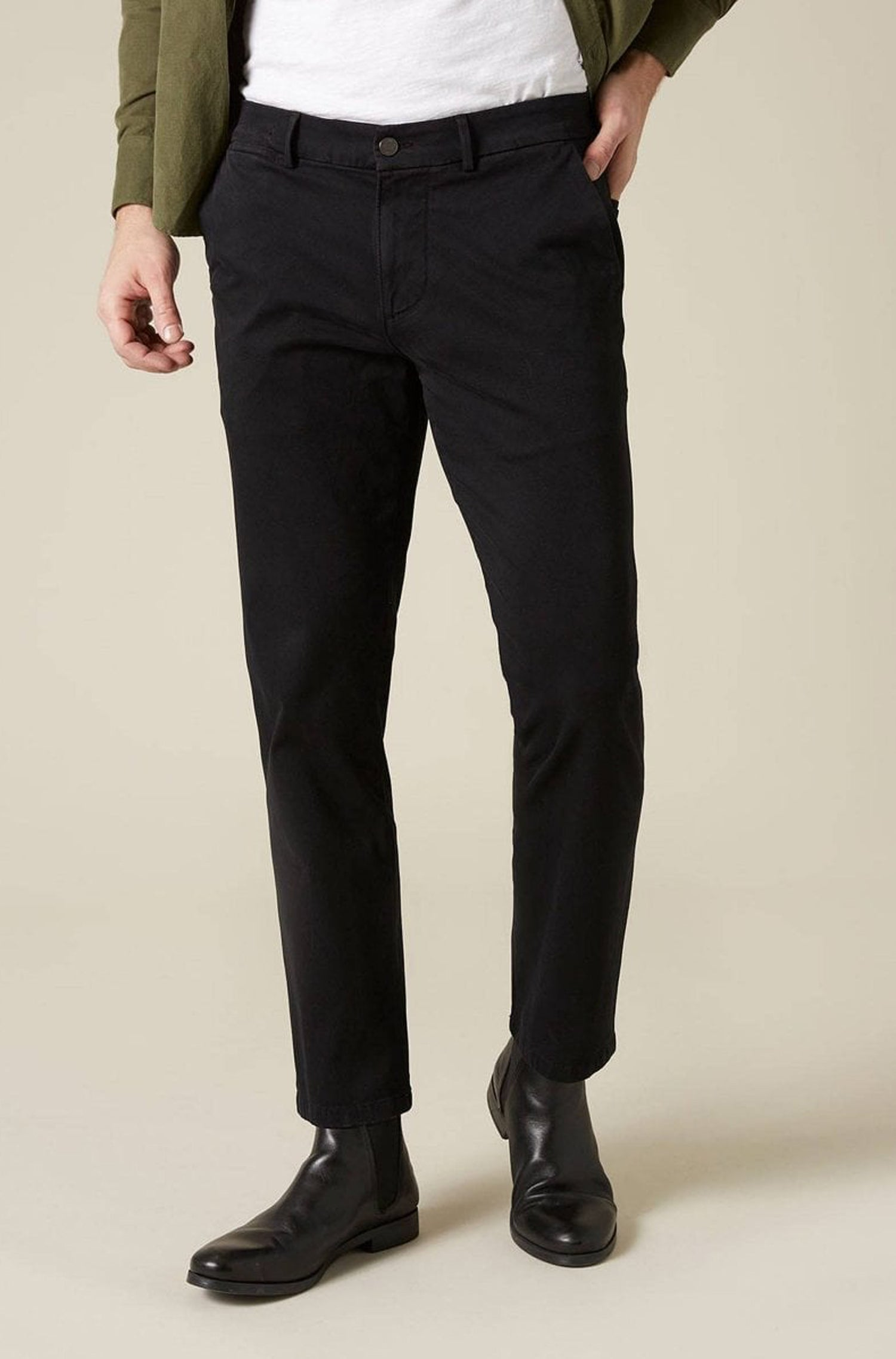 7 For All Mankind - Black Slimmy Chinos in Luxe Perf Sateen Fabric JSU9T490BL