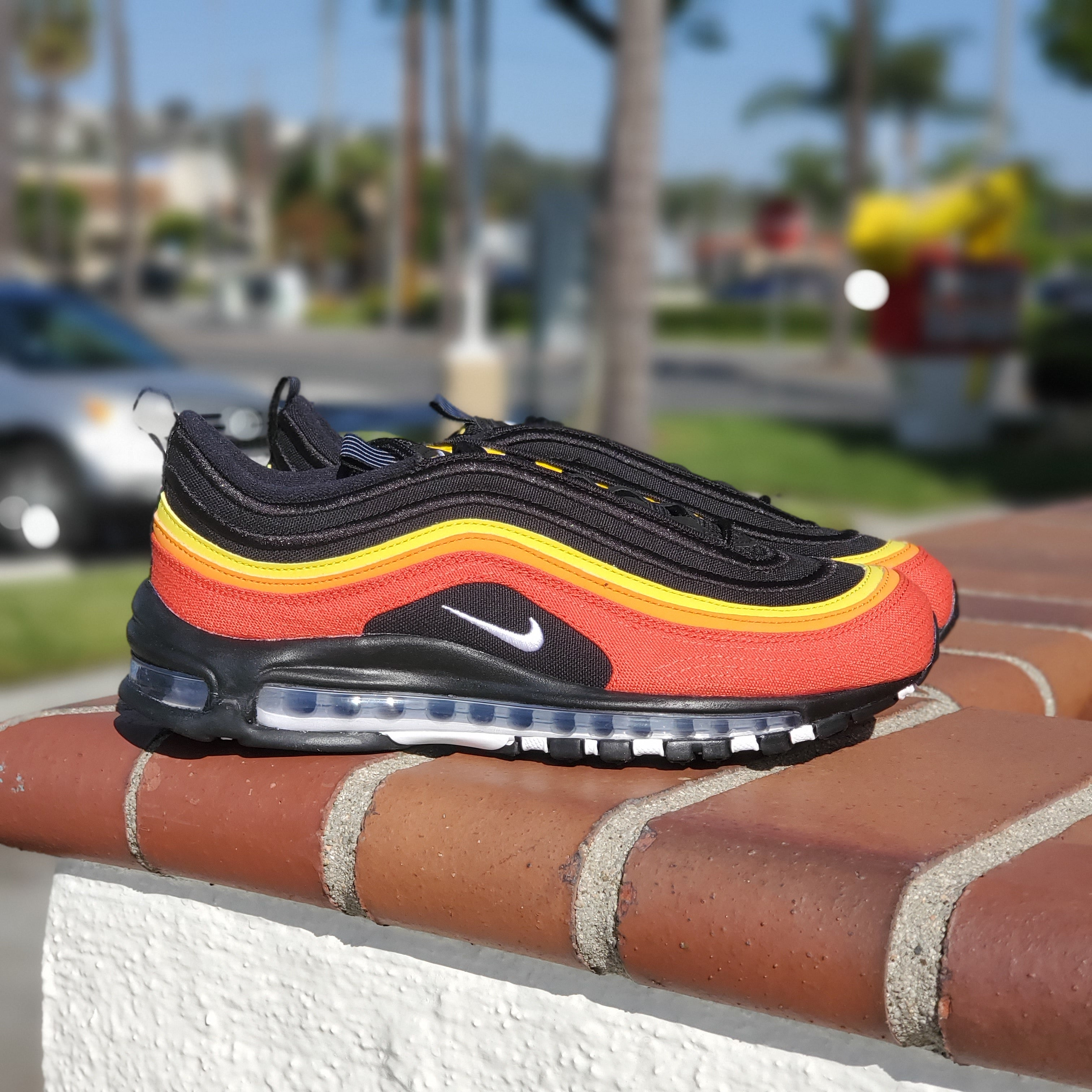 NIKE AIR MAX 97 BLACK/WHITE-CHILE RED
