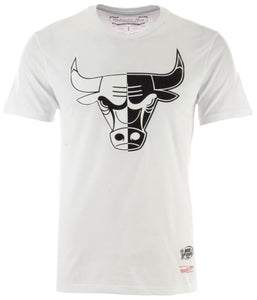 MITCHELL & NESS B&W SPLIT SS TEE CHICAGO BULLS