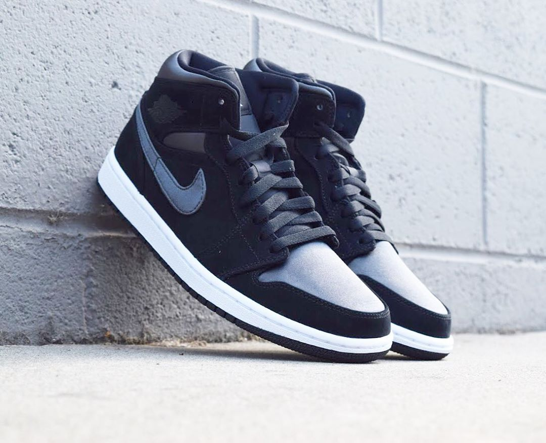 AIR JORDAN 1 MID SE BLACK/ANTH