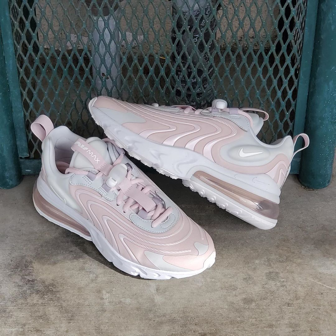 W AIR MAX 270 REACT ENG PHOTON