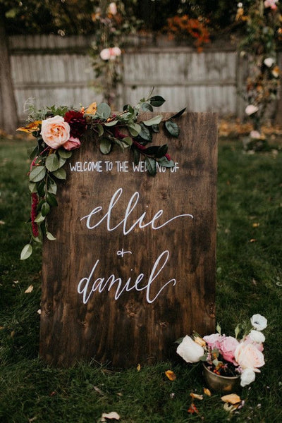 9 Gorgeous DIY Wedding Welcome Signs