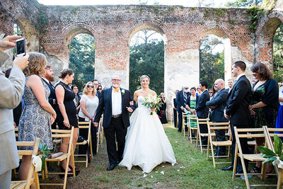 Gorgeous South Carolina Wedding at Richfield Plantation in Yemassee Featured on Bride.com