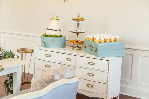 Lounge Furniture - Vintage Wood [White Dresser]