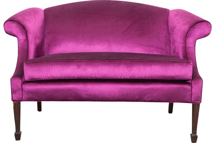 Lounge Furniture - Vintage Sofa [Magenta - Jennifer]