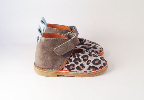 Holly Grey leopard