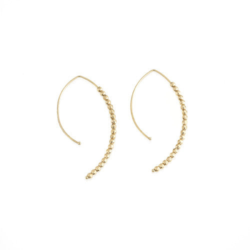 Mizuki short 14K gold hoop-inspired earring with 14K gold beads