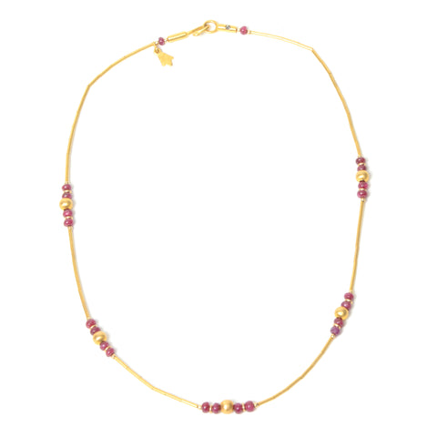 14k gold and garnet single strand necklace
