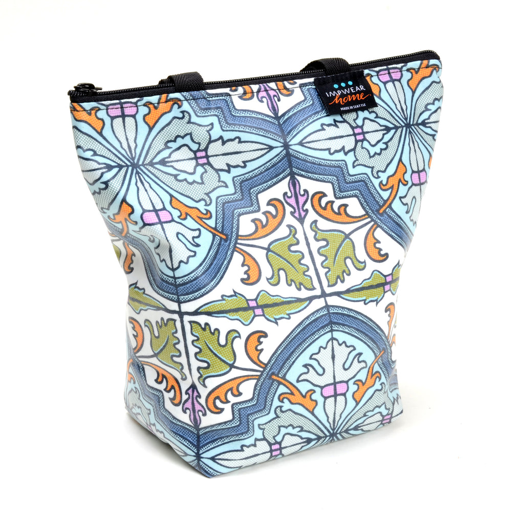 Lunch bag or large toiletries bag