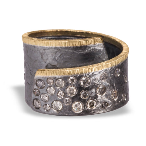 Ring in oxidized sterling and 18k gold encrusted with diamonds