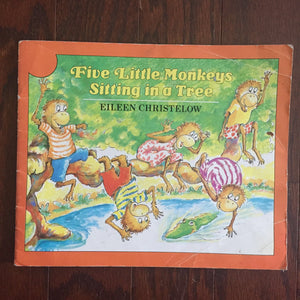 Five Little Monkeys Sitting in A Tree (Eileen Christelow) -paperback