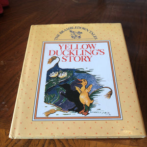 Yellow Duckling's Story -hardcover