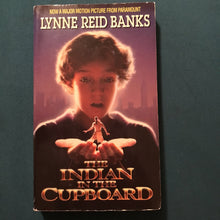 Load image into Gallery viewer, The Indian in the Cupboard (Lynne Reid Banks) -chapter