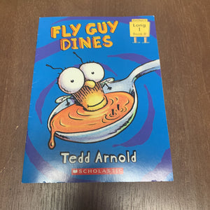 Fly Guy Dines (Scholastic)-Reader
